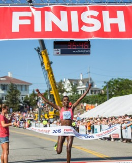 Falmouth Road Race 8.16.15 Navas Nukuri winning