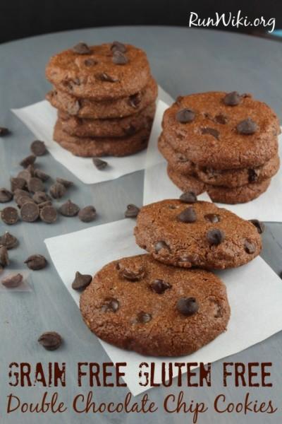 Vegan-Double-Chocolate-Chip-Cookie-467x700